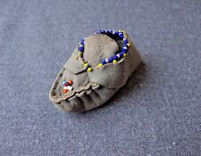 VINTAGE CUTE DESIGN NATIVE AMERICAN BEADED LEATHER MINIATURE SHOE (ONLY ONE)