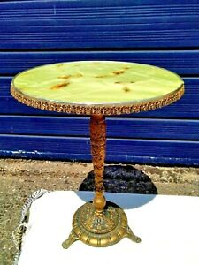 VINTAGE FAUX ONYX / MARBLE & GILT METAL ROUND PEDESTAL TABLE / PLANT LAMP STAND