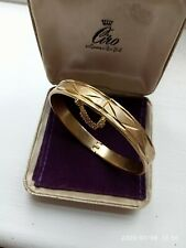 VINTAGE 18ct ROLLED GOLD PLATED DIAMOND CUT HINGED BRACELET.c/w Safety Chain