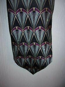 Milano Uomo Brand Blue & Burgandy Geometric Design Necktie 100% Silk USA Made(A)