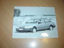 PHOTO DE PRESSE ( PRESS PHOTO ) Ford Sierra 3 portes ( Dreitürer ) F0060