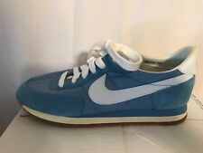 RARE NIKE Vintage Woman's Blue & White Shoes # 821101 BC Size 7 1/2