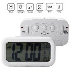 Digital Alarm Wecker LCD Digital Uhr mit Temperaturanzeige Kalender Tischuhr