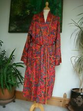 Vintage 1970's/80's Pyramid Men's Red Paisley Print Dressing Gown Size XL