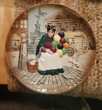 Royal Doulton 1979 #6649 The Old Balloon Seller Old Lady Decorative Plate