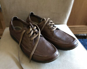 Clarks Mens Lace Up Shoes Size 10 Never Worn