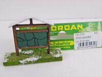 Wandertafel im Schnee Modellbau Landschaftsbau Modell Eisenbahn Jordan   45159