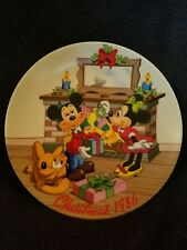 "1986 Disney Collection Christmas Plate • ""Mistletoe Magic"" • 8.5"" • W.D.P. •"