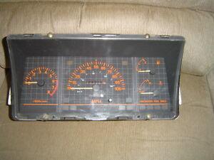 86 87 Nissan Stanza Van Station Wagon speedometer instrument cluster 159203 mi