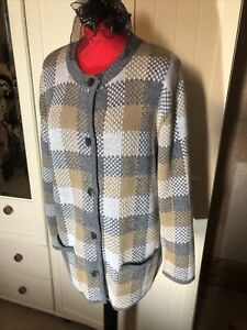 Ladies Grey Beige Check Wool Blend Knit Button Up Classic Cardigan Size 16