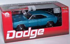 ERTL 1/18 1969 DODGE DAYTONA BLUE WITH BLACK WING 1 OF 500 with MOPAR tool box