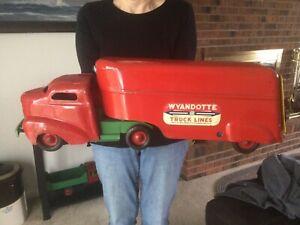 Vintage Wyandotte Pressed Steel Truck 1950's (Nice!)