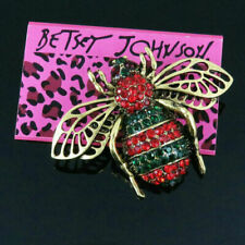 bee Charm Woman Brooch Pin Betsey Johnson charm Enamel crystal Lovely