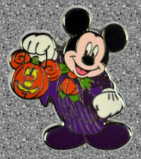 Mickey as a Vampire Pin - Halloween 2008 - DISNEY LE 750 - WDW/DLR