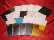 21 verschieden-farbige Leer-Hüllen, für CDs, DVDs, ohne Inlets, teilweise verkra