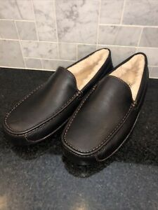 Men's UGG Brown Leather Ascot Slippers- size 11- #5379