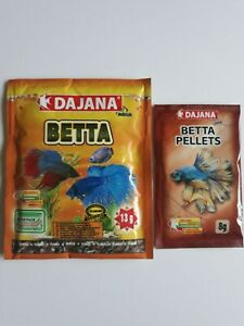 Betta pellets (8g) and flake mix (13g) food sachet bundle for fighting fish
