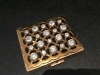 RARE VINTAGE SIGNED GOURIELLI GOLD & RHINESTONE COMPACT MUST SEE NO RESERVE