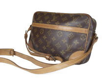 LOUIS VUITTON Trocadero 27 Monogram Canvas Crossbody Shoulder Bag LS3032