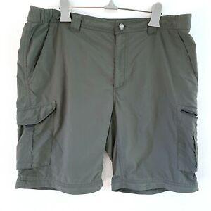Columbia Men Omni-Shade Sun Protection Size 36W 32L Green Walking Hiking Shorts