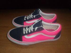 VANS Old Skool Navy Blue & Bright Pink ladies pumps size 5 (US 6)