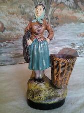 ancienne femme de pêcheur en terre cuite Isle Adam n° 449