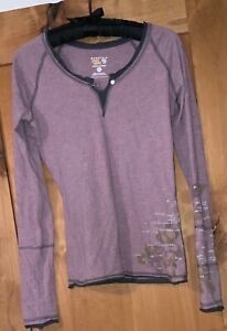 Mountain Hard Gear Pull over Top size S/P color grey/mauve 100 % Organic Cotton