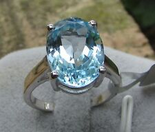 7.08 cts Genuine Sky Blue Topaz Solitaire Size 7 Ring in 925 Sterling Silver
