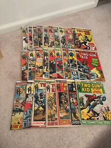 Two Gun Kid Bronze Marvel Western lot 26 comics mid grade 101-136 all different