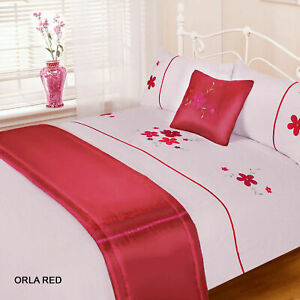 KING SIZE  DUVET SET,BED RUNNER & CUSHION COVER RED WHITE ORLA