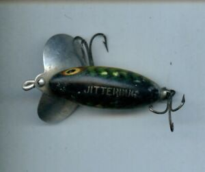 Vintage Green Yellow Bug Eyed Jitterbug 2 hook Lure 2 Inches Used #14