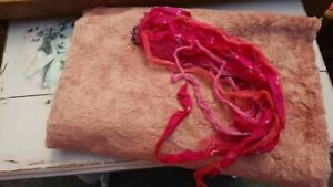 A Very New Viscose 9 mm Pile 22 x 34,5 cm & Silk Ribbon