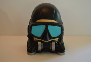 Vintage 1997 Micro Machines Scuba Diver Compact with Boat