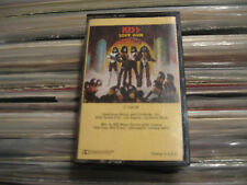 KISS TAPE LOVE GUN USA los angeles STICKER LABEL CASSETTE TAN J CARD 1977 VG+