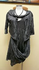 POISSONS BLANCS 38-40 as new  robe et son gilet