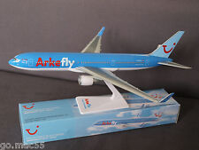 Arke Fly/TUI Netherlands B767-300 PH-OYI Push Fit Model Scale 1:200 - SM767-195
