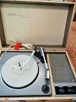 Vintage Truetone 4DC-6525 Portable Tube High Fidelity Phonograph Rare Find
