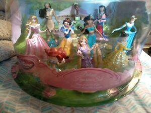 Disney Princess Deluxe Figurine Playset Store 10 Figure Set Brand New #520