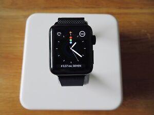 Apple Watch Series 2 Edelstahl 38mm Schwarz, Milanese Armband - Wie neu