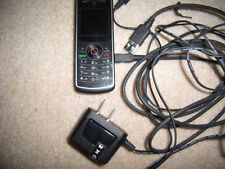 MOTOROLA TRACFONE W175G PREPAID CELLPHONE 2 chargers