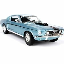 Maisto 1/18 1968 Ford Mustang GT COBRA JET Classic Diecast Car Model Blue