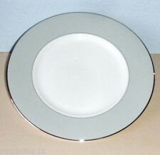 """Wedgwood Vera Wang Chantilly Lace Gray 9"""" Accent Salad Plate NEW"""