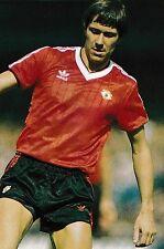 CALCIO FOTO > Arnold MUHREN Man Utd 1982-83