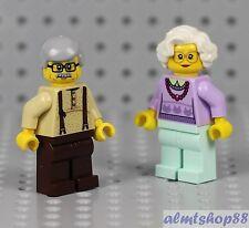 LEGO - Grandma & Grandpa Minifigure Combo - Family City Town Female Series II