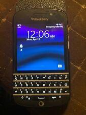 Blackberry Q10 Smartphone Working