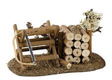 Sägebock und Holzstoß für Krippe, Krippenzubehör, zu 10-12 cm Fig. Kahlert 40070