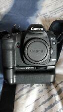 Cámara Reflex Canon EOS 5D Mark II, Grip BGe6 , 2 Baterias cargador Caja