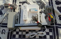 Nintendo Wii Weiß Spielekonsole (PAL) + Extras. GameCube Version + HDMI Adapter!