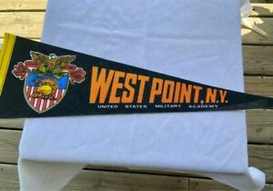 ARMY WEST POINT BLACK KNIGHTS NCAA RETRO VINTAGE PENNANT WITH HOLDER 5/30/21