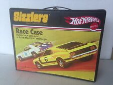 Sizzlers Hot Wheels Race Case with Gas Pump      2006       Mattel